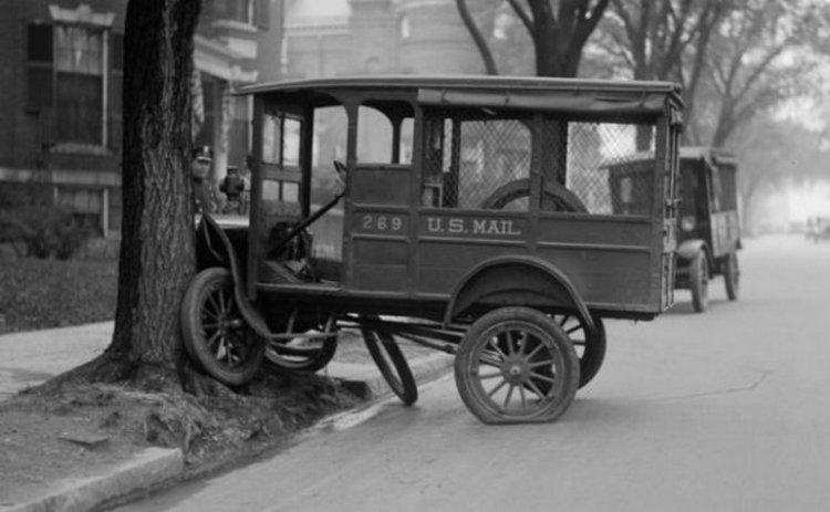 Фотографии аварий, сделанные во времена, когда на дорогах толком не было машин - «Хорошее настроение»