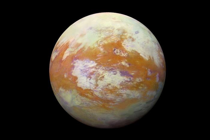 Как появилась атмосфера на Титане?