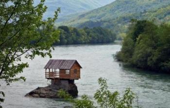 Странные необычные достопримечательности в Боснии и Герцеговине (10 фото) - «Хорошее настроение»