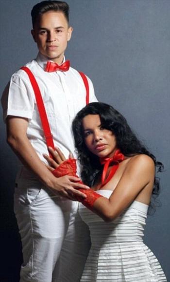 Пара трансгендеров в процессе смены пола родила «улитку» (10 фото) - «Хорошее настроение»