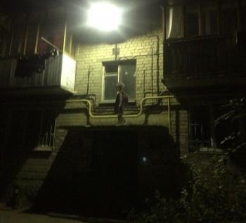 И без того страшный двор в Саратове стал еще страшнее (2 фото) - «Хорошее настроение»