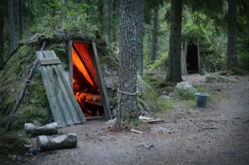Самый дикий отель в лесах Швеции ! - «Фото»