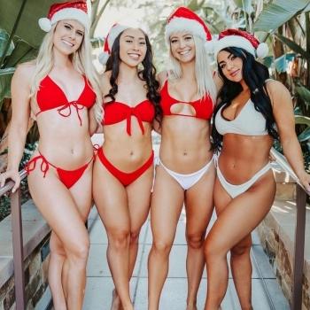 Сексуальные новогодние девчонки - «Хорошее настроение»