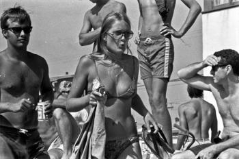 Калифорнийский пляж 50 лет назад - «Хорошее настроение»