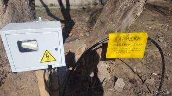 Инновации во дворе (2 фото)