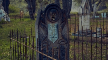 """Кладбище героев из сериала """"Игра престолов"""" (24 фото)"""