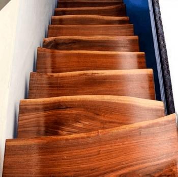 Не слишком удачные лестницы (18 фото)