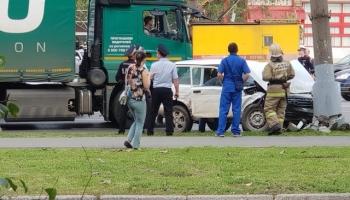 Тотальное невезение или когда не следовало садиться за руль (4 фото)