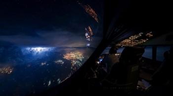 Вид из кабины пилотов Boeing 747 (10 фото)