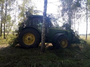 Видишь трактор? А он есть (5 фото)