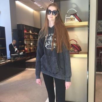 Девушка с самыми длинными ногами в мире (18 фото)