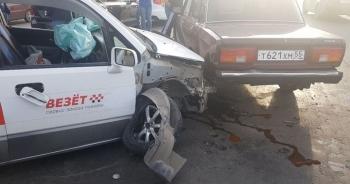 Пьяный механик СТО удирал от ДПС на угнанной Хонде и протаранил 5 авто - «Хорошее настроение»