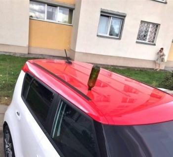 Сюрприз на крыше машины - «Хорошее настроение»