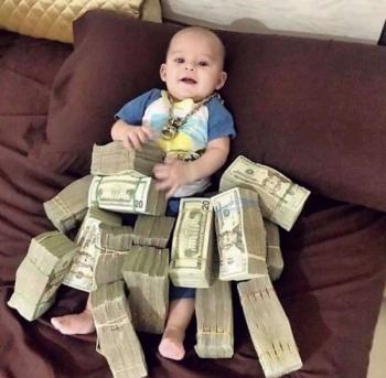 Богатые детишки сорят деньгами