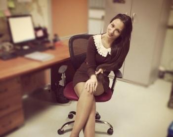 Симпатичные офисные девушки - «Хорошее настроение»