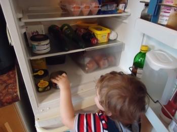 Что делать, если холодильник греется по бокам - «Фото»