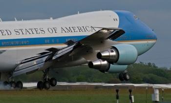 Сколько стоит самолет президента США?